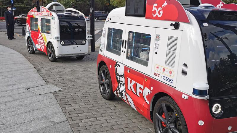 KFC emplea vehículos autónomos como máquinas expendedoras