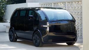 Canoo es un minimalista y pequeño auto eléctrico con un interior sumamente espacioso