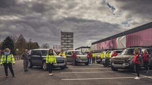 Jaguar y Land Rover despliegan flota global para apoyar a la Cruz Roja por el COVID-19