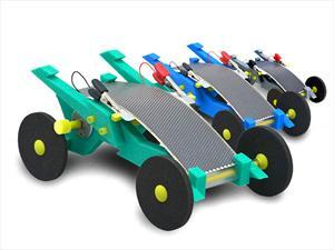 Autos de espuma impulsados por paneles solares