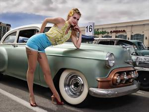 Pin-ups en la industria automotriz