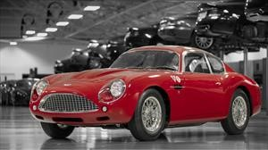 Aston Martin DB4 GT Zagato Continuation, traído desde el siglo XX