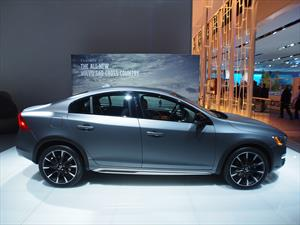 Volvo S60 Cross Country, un crossover más a lista