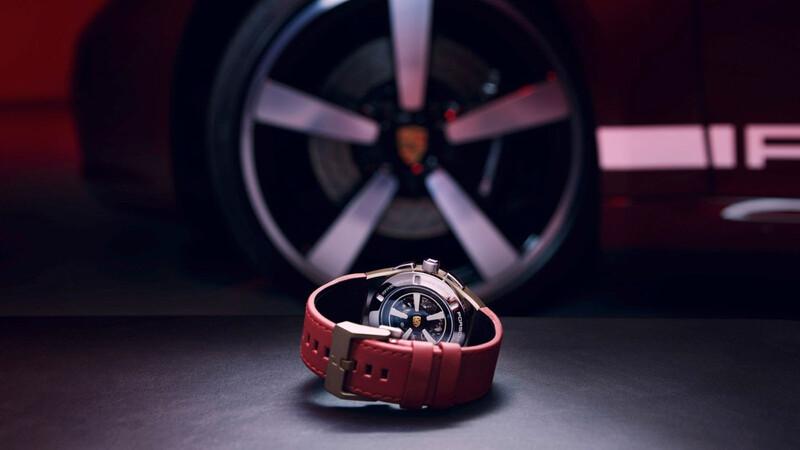 Porsche Chronograph 911 Targa 4S Heritage Edition, combina con tu carro