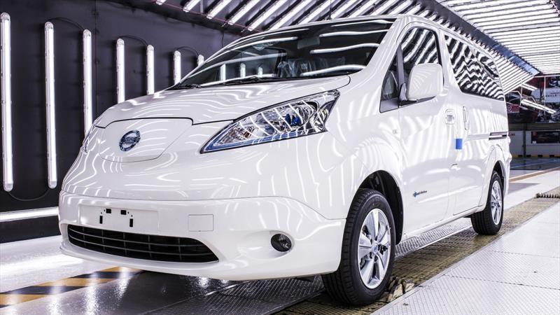 Nissan inicia el cierre de algunas de sus plantas; la de Barcelona es la primera