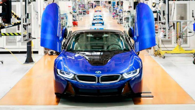 El último BMW i8 sale de las líneas de producción