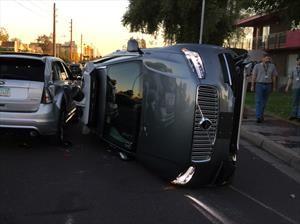 Uber autónomo atropella a una mujer