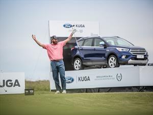 Embocó, ganó y cumplió: Gran gesto con un Ford Kuga de premio