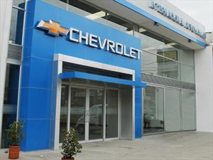 Internacional de Vehículos abre dos nuevas vitrinas