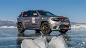Jeep Grand Cherokee Trackhawk impone récord de velocidad en hielo