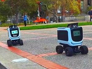 Kiwi es el nuevo robot autónomo repartidor de comida