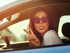 Los estadounidenses aman sus autos, sin embargo, algunos piensan dejarlos