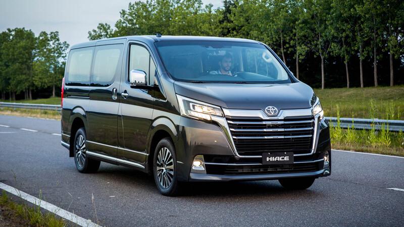 Toyota Hiace Wagon y Commuter se lanzan en Argentina