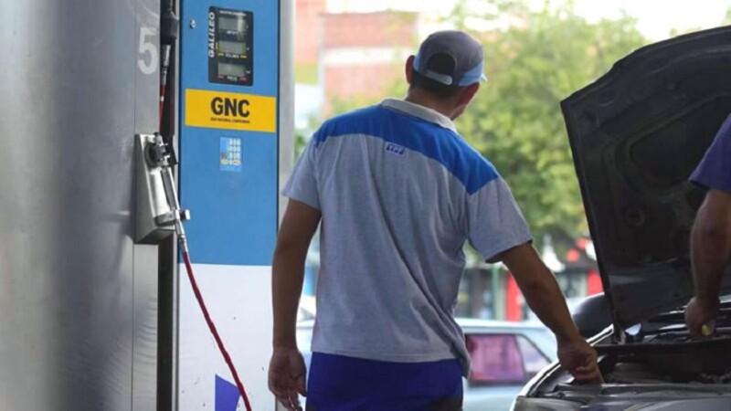 Faltó GNC en 130 estaciones de servicio de Buenos Aires y La Pampa