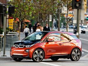 Apple y BMW trabajarían en conjunto para crear el iCar