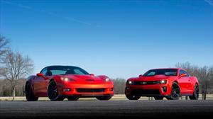 Exito de los Chevrolet Corvette y Camaro en Estados Unidos