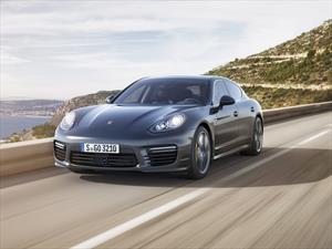El Porsche Panamera Turbo S se muestra renovado