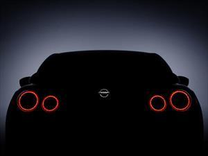 Nissan presenta la renovación del GT-R en Nueva York