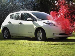Conoce al Nissan LEAF que no se ensucia