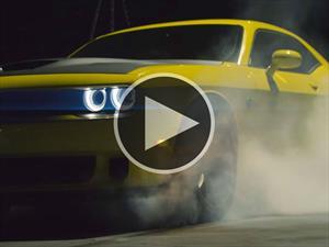 Dodge Challenger SRT Hellcat es llevado al límite