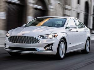 Ford Fusion 2019, estrena motor y más asistentes de conducción