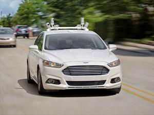 Ford prepara una flota de vehículos autónomos para carpooling.
