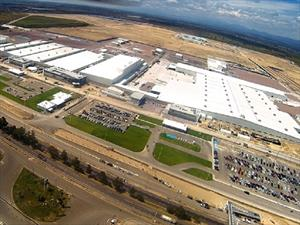 Nissan incrementará sus compras a proveedores en México