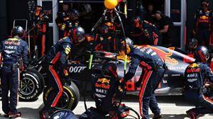 Red Bull Racing rompe el récord del pit stop más rápido, cuatro neumáticos en menos de dos segundos