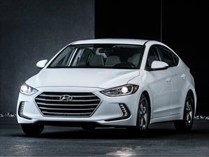 Hyundai Elantra Eco 2017 tiene un precio de $20,650 dólares