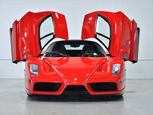Ferrari Enzo 2003 con 569 Km en venta