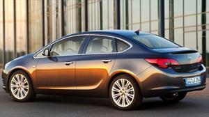 El Opel Astra Sedán espera seducir al mercado europeo