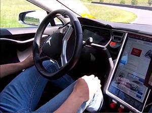 El Sistema Autopilot del Tesla Model S cobra la vida de un conductor