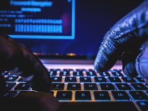 Los hackers pondrían en peligro los sistemas de seguridad de la industria automotriz