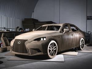 Lexus IS Origami, un premium hecho con cartón