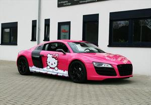 Audi R8 RacingOne Candy-Pink Hello Kitty Design por Cam Shaft