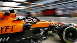 F1 McLaren vuelve a los motores Mercedes