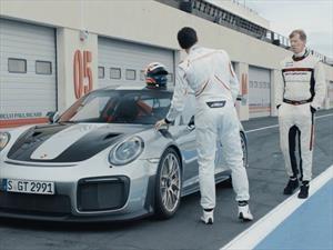 Walter Röhrl y Mark Webber se divierten con el Porsche 911 GT2 RS 2018