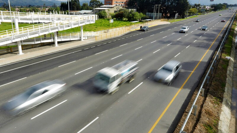 Reactivan Carril Escolar en Autopista Norte en Bogotá