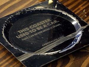 Curiosa iniciativa de un bar en Canadá para evitar accidentes automovilísticos