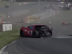 Impresionante accidente de un Ferrari en el circuito de Nogaro