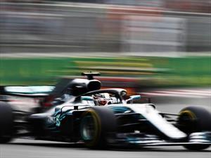 F1 2018: Hamilton aprovecha los regalos en Azerbaiyán