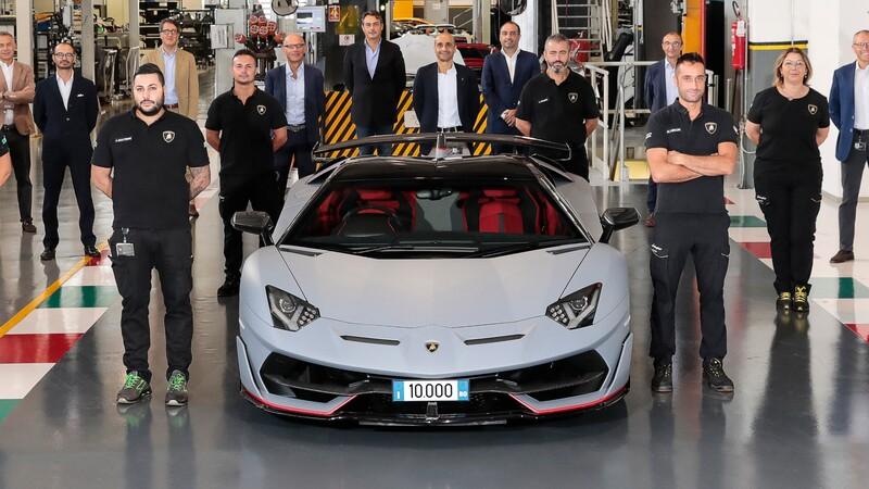 Lamborghini Aventador registra 10,000 unidades producidas