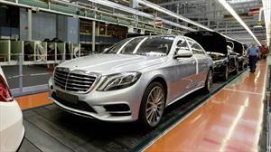 Mercedes-Benz registra 500,000 unidades producidas de la actual generación del Clase S