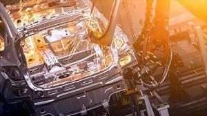 Por qué la guerra comercial de Trump en la industria automotriz puede dañar la economía mundial