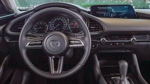 Mazda no quiere que vuelvas a tocar la pantalla multimedia de sus autos