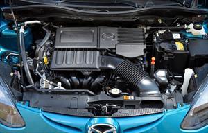 El motor del Mazda2 2012 a detalle