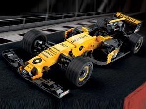 Video: Renault RS17 hecho por LEGO y en tamaño real