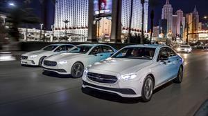 El nuevo Mercedes Benz Clase E se dá una vuelta por Las Vegas antes de su debut en Ginebra