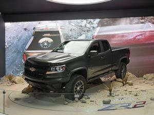 Chevrolet Colorado ZR2 2017 se presenta