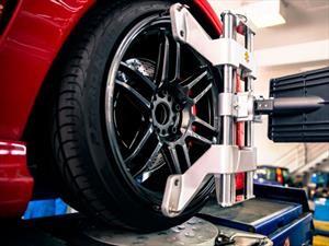 Estas son las diferencias entre alineación y balanceo del neumático de un automóvil?